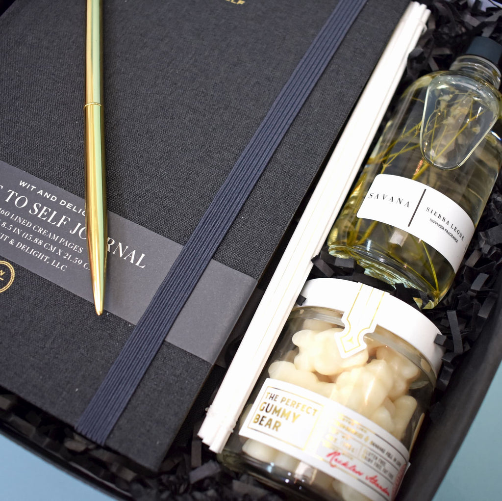 Chic client gift with notebook, oil diffuser and gummy bears. Modern & memorable corporate gift or working from home gift box.