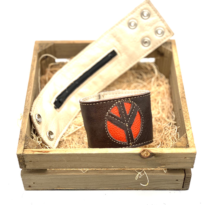 Pretty Things-Peace Orange Bracelet(Brown Leather)