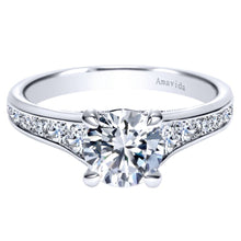 Load image into Gallery viewer, 18KT White Gold Engagement Ring