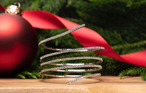 14KT White Gold Bangle Bracelet