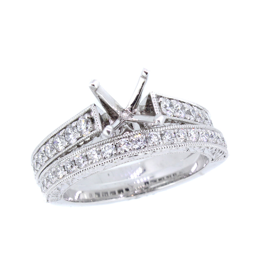 14KT white gold band with 0.29ctw round diamonds, G/H-VS2/SI...