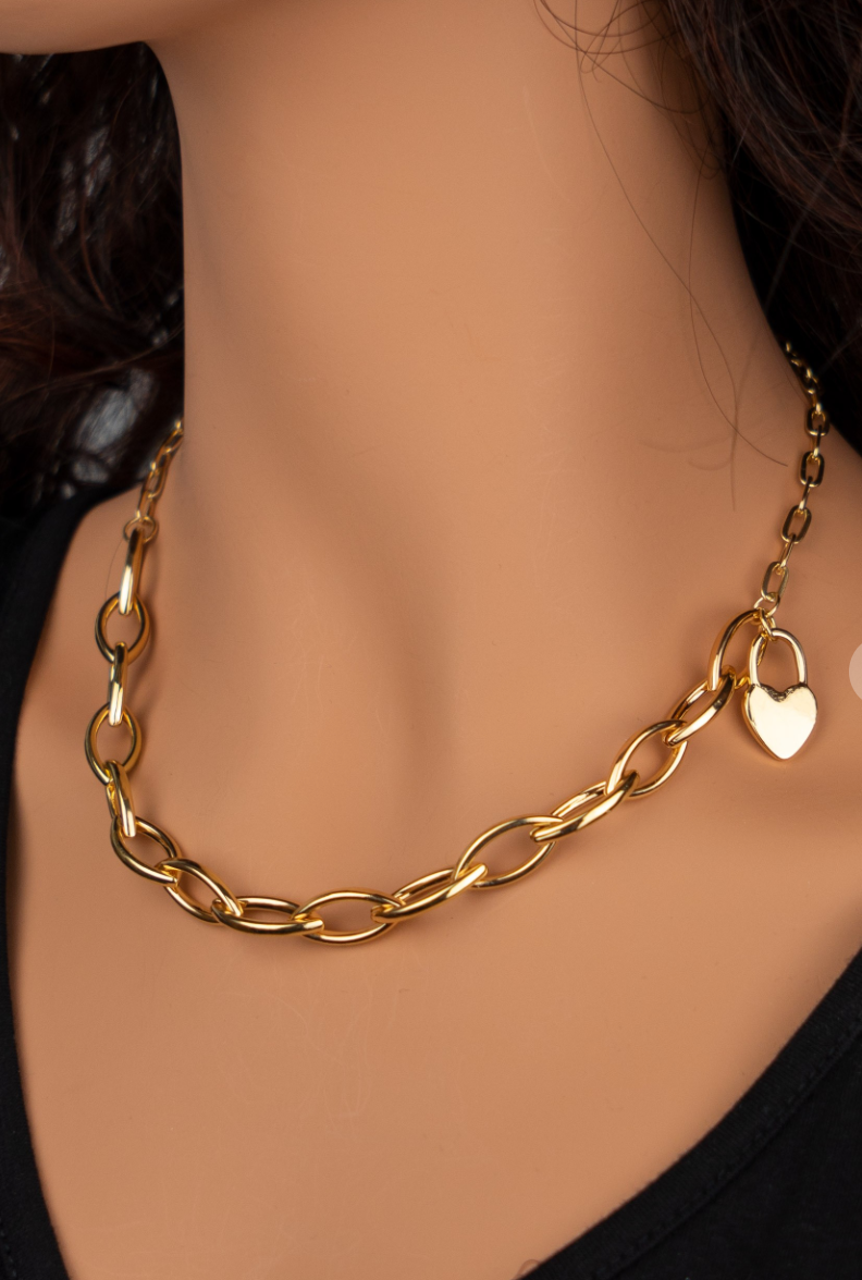 Bold Heart Chain Necklace