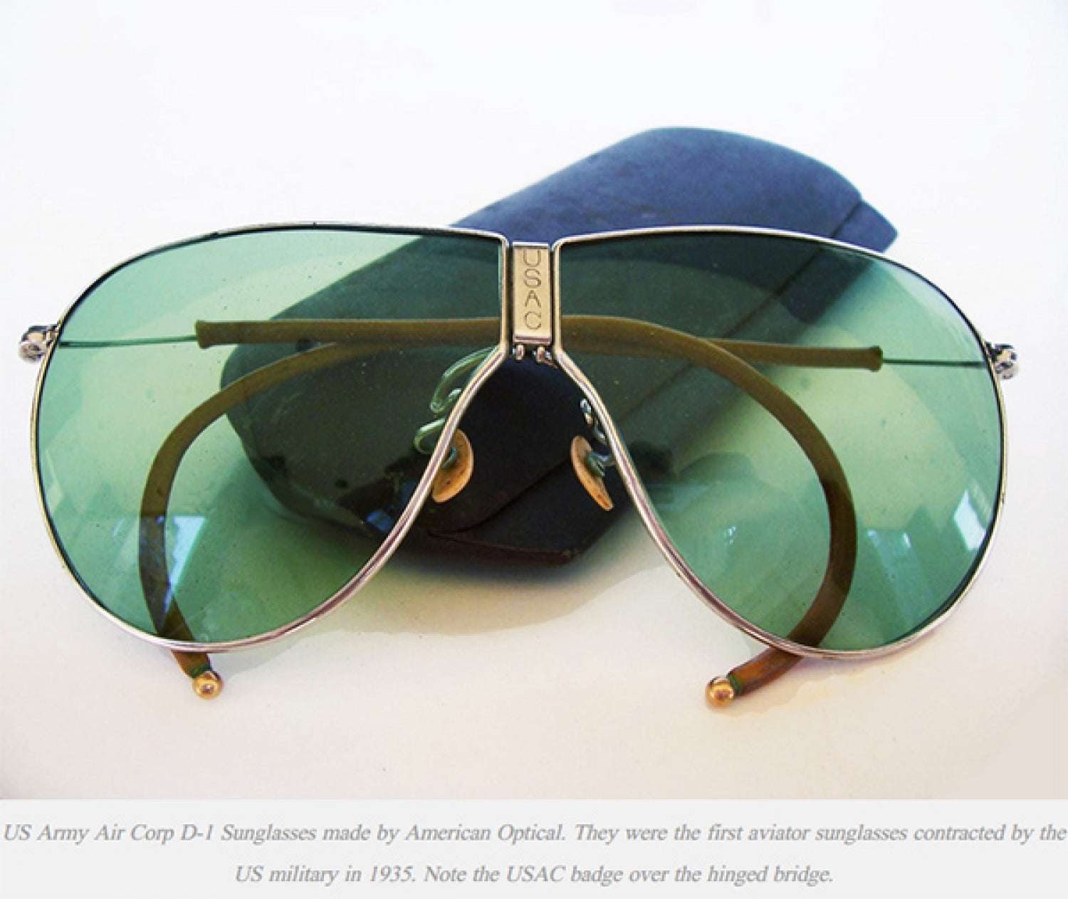 This post is for educational purposes, and no copyright infringement is intended. Image found on Bustelosoptical.com.