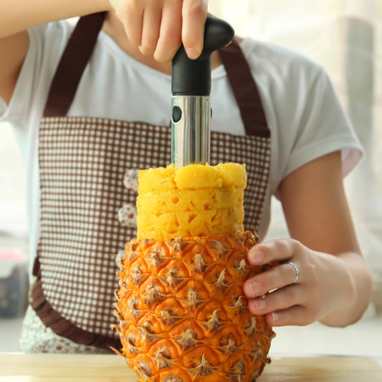 Easy to Use Stainless Steel Pineapple Peeler and Slicer