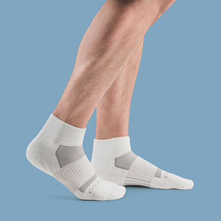 StrideTec Ultra Light 1/4 Crew Socks, White/Grey
