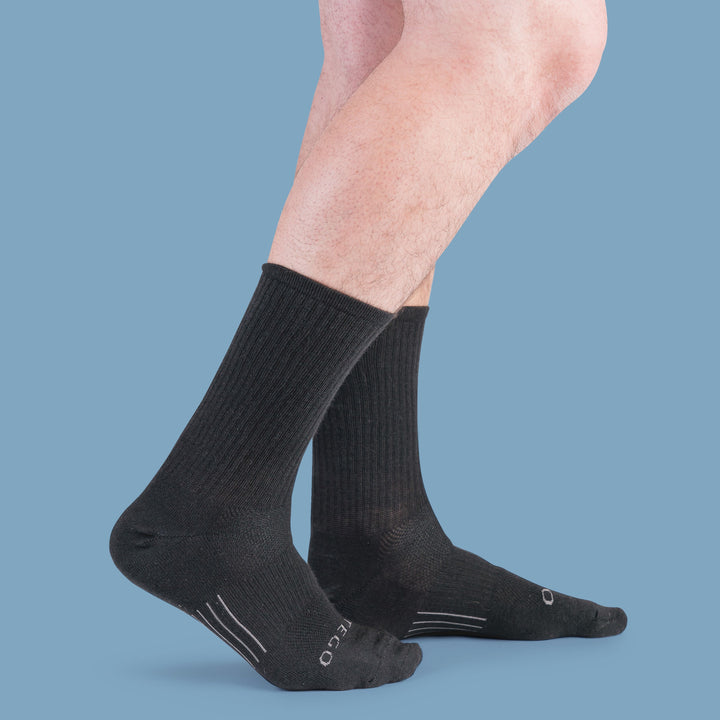 StrideTec+ Cushioned Merino Wool Crew Socks, Black