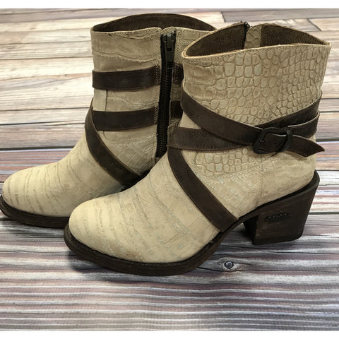 Liberty Black Res Vegas Ladrillo Booties