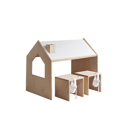 kinderbureau met stoelen kutikai roof collection meubels lollipop rebels