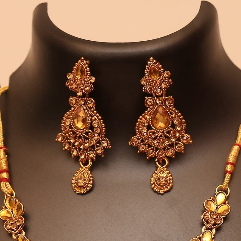 Exquisite Gold Stone Embellished Necklace Set