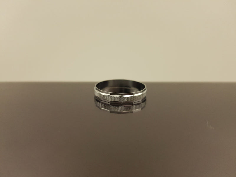 Fine Crafted Silver Steel Ring