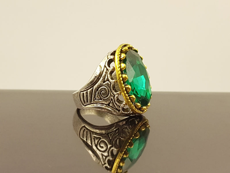 Oxidised Oval Crystal Alloy Ring - Green