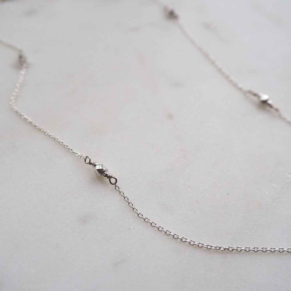Jazzy necklace, silver