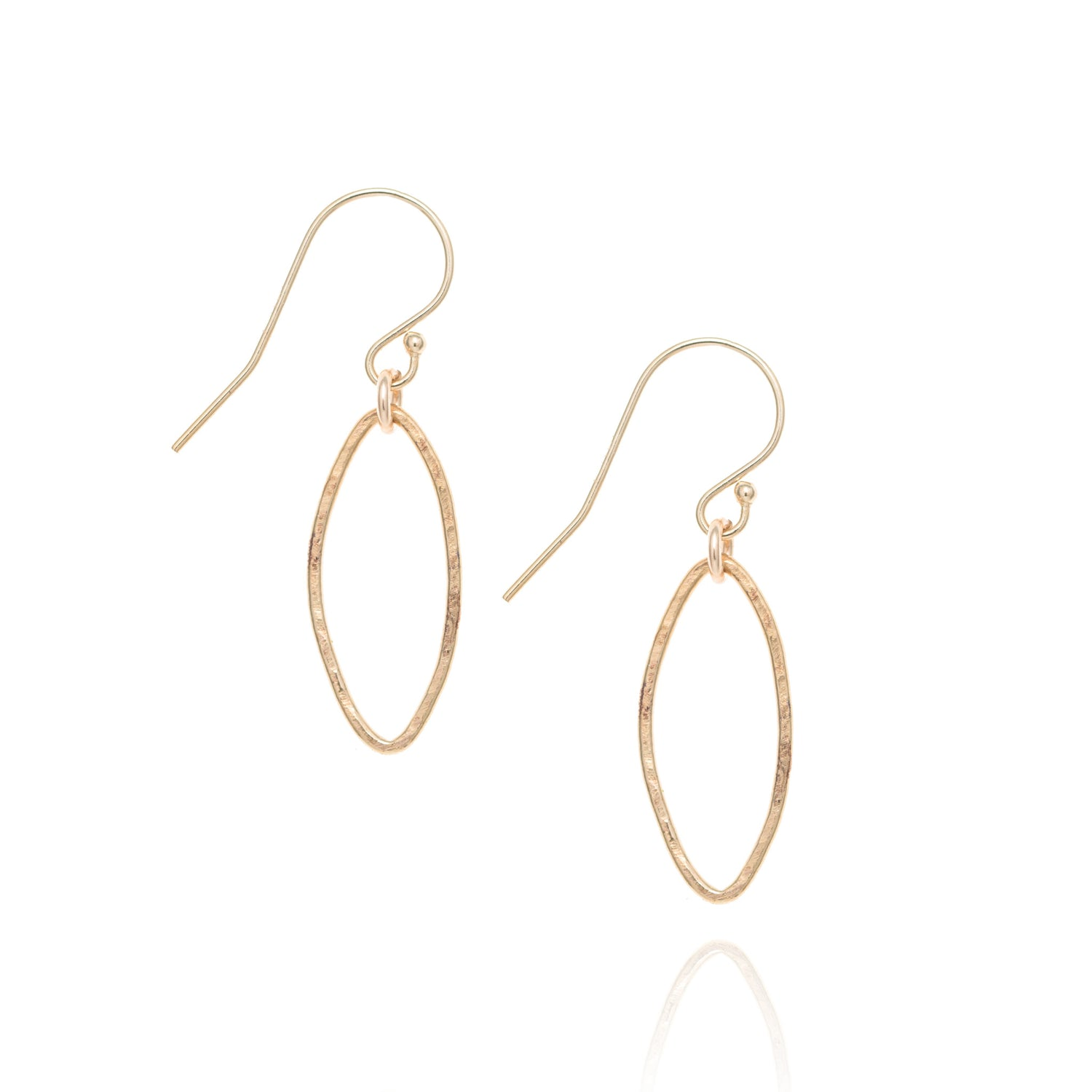 Fallen leaf earrings, gold