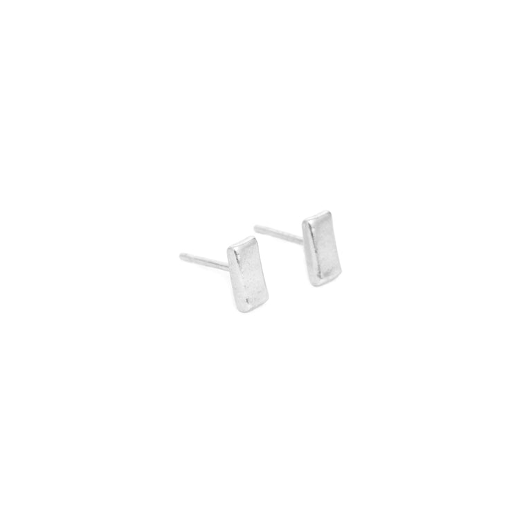 Bar stud earrings, silver