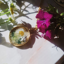 Load image into Gallery viewer, Deborah, Honey Bee Dried Flower Circle Necklace