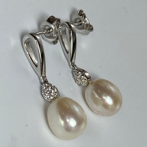 'Emma' Stud Style Freshwater Pearl Earrings
