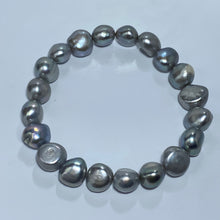 Load image into Gallery viewer, Freshwater Pearl Bracelet