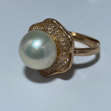 Load image into Gallery viewer, 'Jan' Freshwater Pearl Ring
