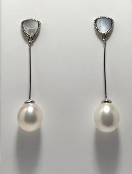 'Mother of Pearl' Freshwater Pearl Earrings