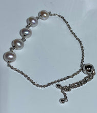 Load image into Gallery viewer, 'Olivia' Freshwater Pearl Bracelet