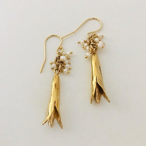 #202 Lily Bud Earring with Tiny Pearl Tassel - Mag.Pi