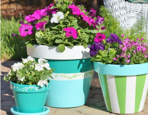 Painting & Upcycling Old Garden Pots
