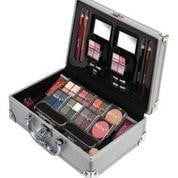 Technic Cosmetic Train Case