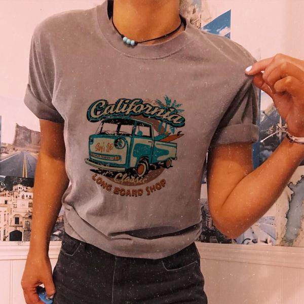 Women's Retro Truck Printed Loose T-Shirt