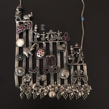 Load image into Gallery viewer, ABHERI Statement Necklace