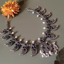 Load image into Gallery viewer, Reversible Peacock necklace Style 1