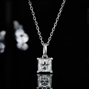 Spirits Unearth Silver Moissanite Diamond Necklace