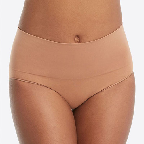 Spanx Everyday Shaping Briefs Nude