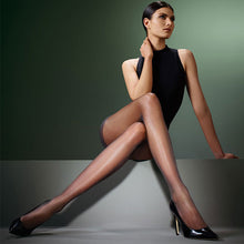 Load image into Gallery viewer, Levante Class Pantyhose