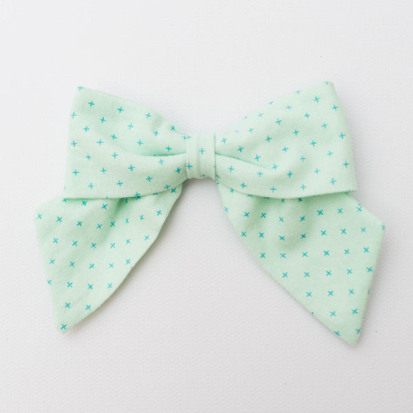 Classic Bow | *LIMITED* Mint