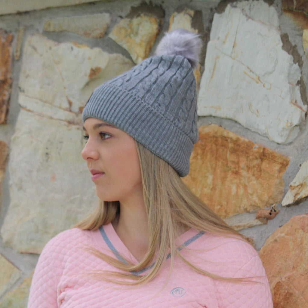 Cable beanie with pom pom - Grey