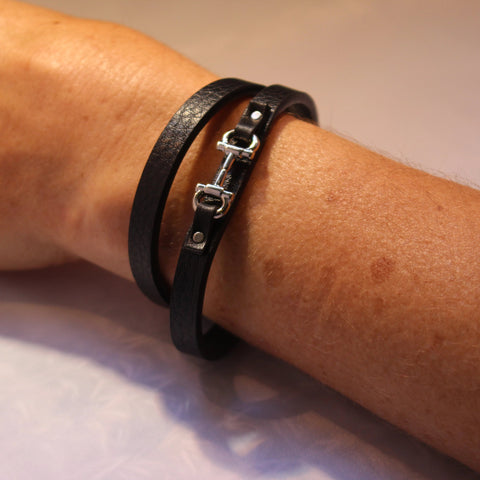 Snaffle bracelet with black band