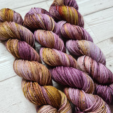 Load image into Gallery viewer, Sarsaparilla - Dolly - Classic DK