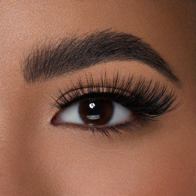 Luxury Synthetic Indulge Lash on almond eye shape
