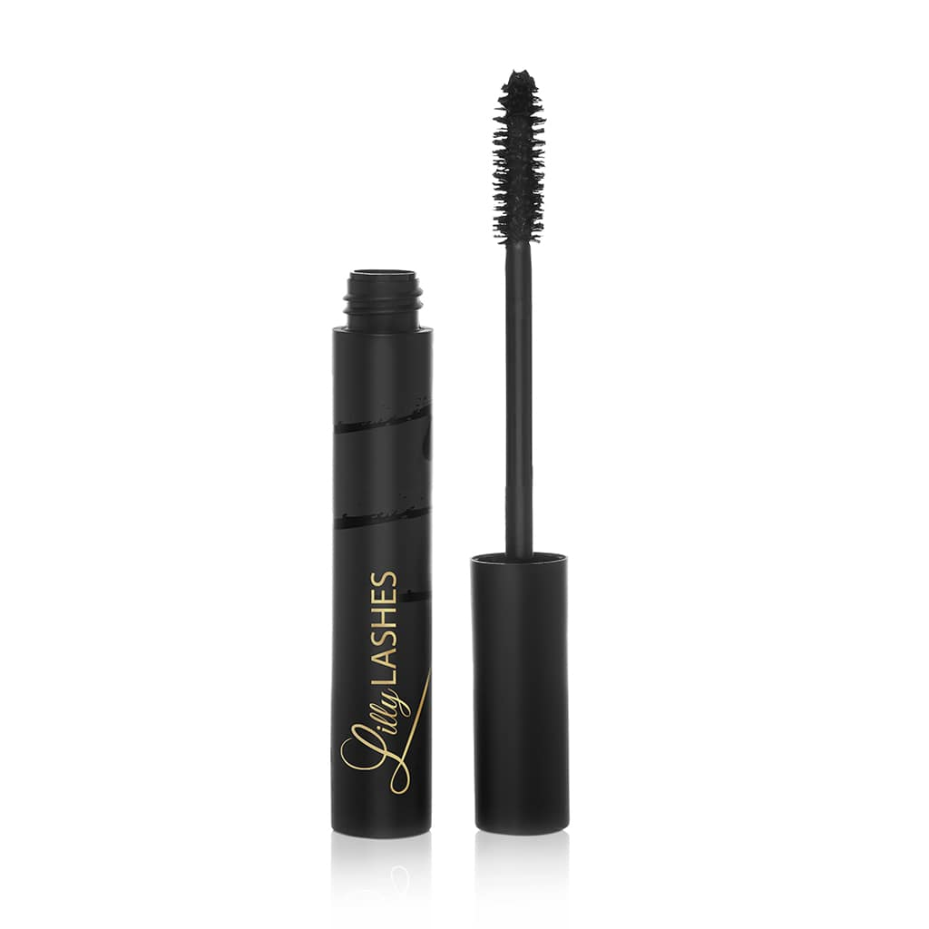 Get the glamorous and dramatic look of Lilly Lashes in a sleek and innovative mascara! Triple X makes your natural lashes wispy and dramatic with just one swipe.