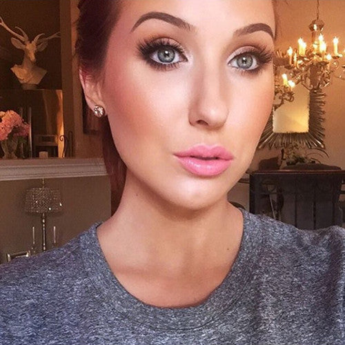 Jaclyn Hill in Doha Lilly Lashes