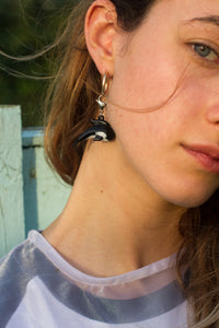 The BILLIE Single Earring - Blackcurrantpop