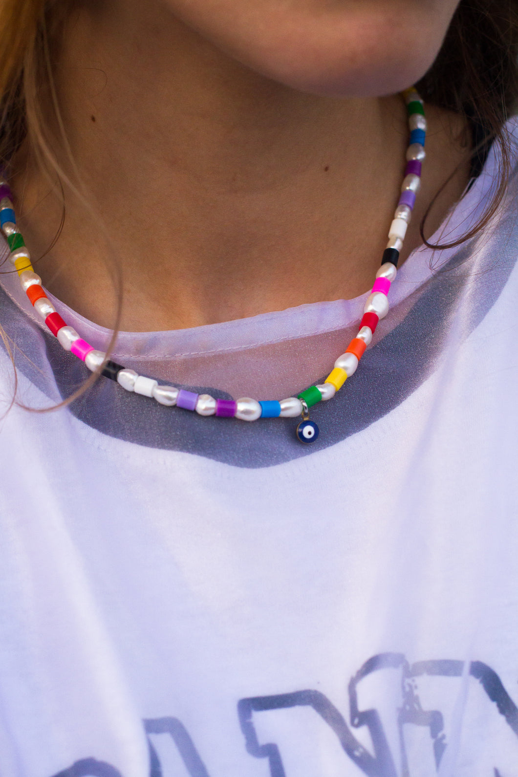 The TAI Rainbow pearl necklace - Blackcurrantpop