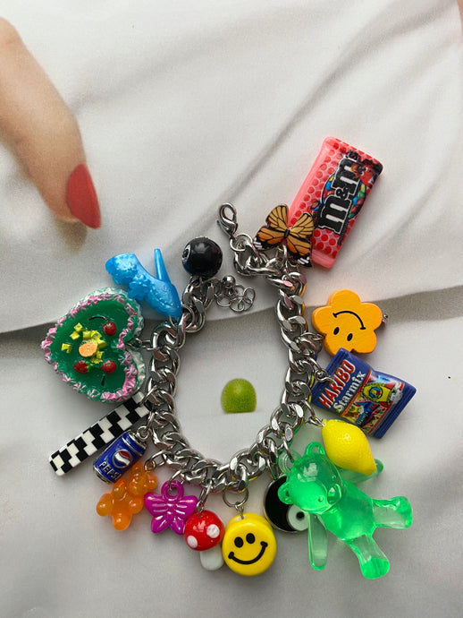 The ROXY Charm Bracelet - Blackcurrantpop