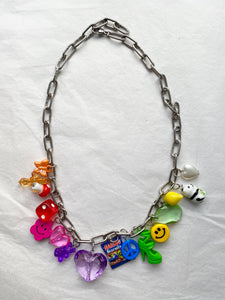 The FRIDA Rainbow Necklace - Blackcurrantpop