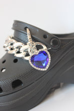 Load image into Gallery viewer, The MAGGIE Shoe Clasp - Blackcurrantpop