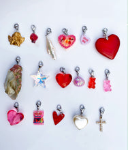 Load image into Gallery viewer, The CUPID Lovestruck Charms - Blackcurrant Pop