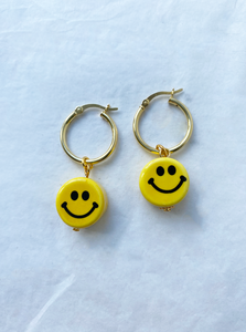 The BUTTERCUP Earrings - Blackcurrant Pop