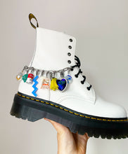 Load image into Gallery viewer, The NELLY Shoe Chain - Blackcurrantpop