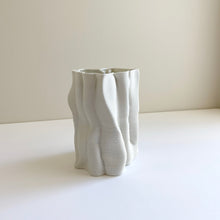 Load image into Gallery viewer, 3d-printed 'Drapes' ceramic vase by Ben Landau & Lucile Sciallano