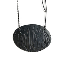 Load image into Gallery viewer, 'Cockatoo with banksia leaf' pendant by Robin Wells